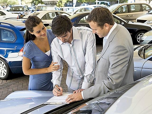 Как избежать обмана при покупке машины в автосалоне